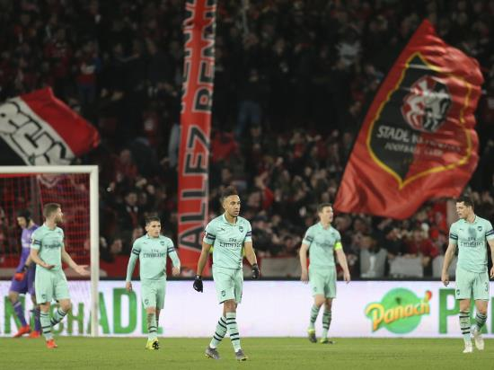 Sokratis sent off as 10-man Arsenal are roundly beaten by Rennes