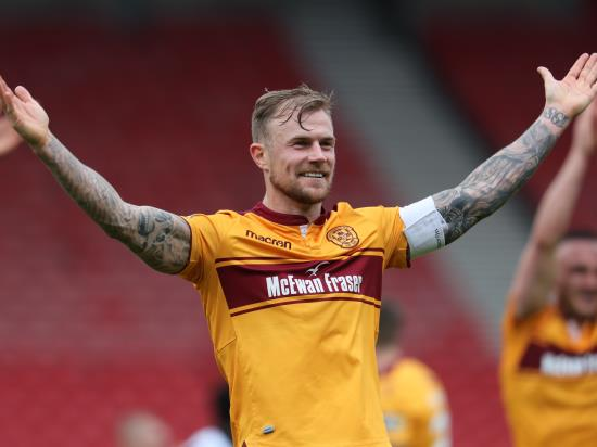 Tait and Carroll ready for Motherwell action
