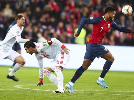 Spain held as Josh King snatches a point for Norway in stoppage time