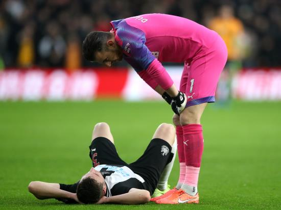 Dummett and Gayle out as Newcastle injury woes continue
