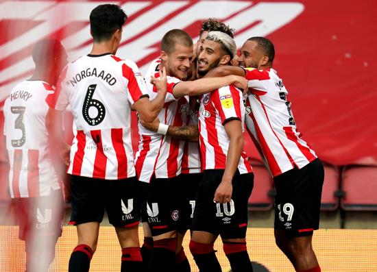 Brentford sting Swansea in Griffin Park swansong to reach play-off final