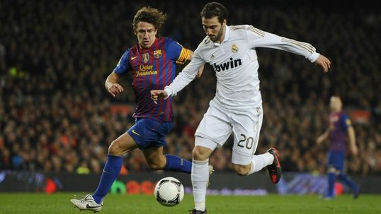 Barca look to tie down Puyol
