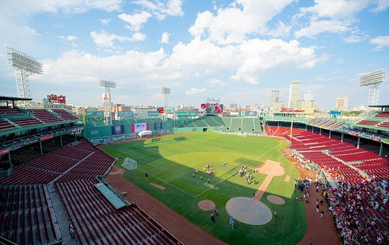 Gerrard hails Rodgers revolution as Liverpool train at iconic Fenway Park
