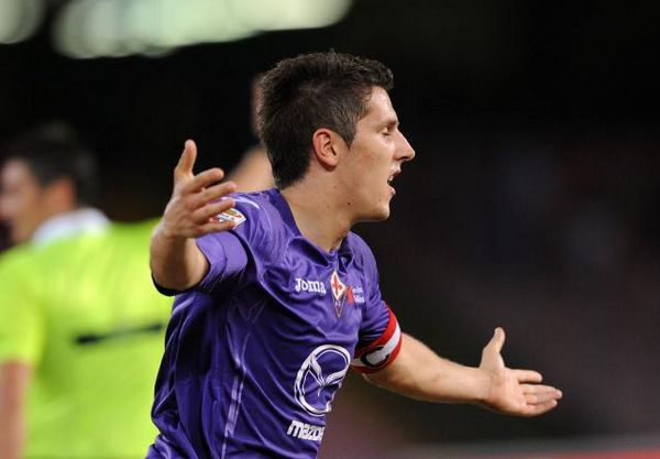 Man City close to deal for Fiorentina strike star