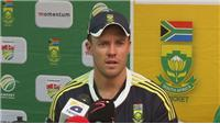 AB de Villiers enjoys the spin bowling against Pakistan
