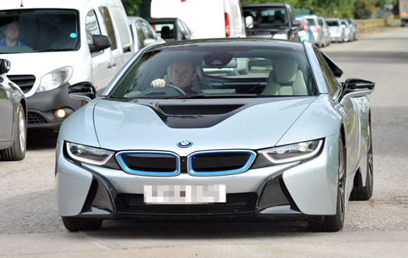 Manchester United Captain Wayne Rooney Arrives To Training In Style
