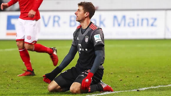 7M - What's wrong with Thomas Muller?