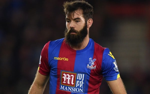 Crystal Palace's Joe Ledley gets a significant hair cut