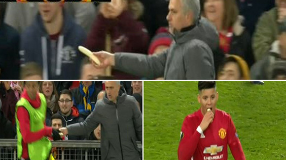 Mourinho peels a banana for Rojo to eat