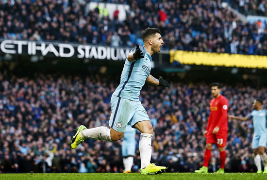 Manchester City 1 - 1 Liverpool: Sergio Aguero denies Liverpool victory in thrilling encounter at Manchester City