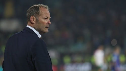 Netherlands sack manager Danny Blind following loss to Bulgaria