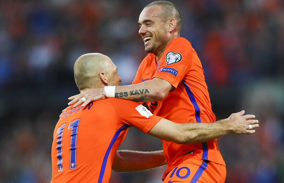 Netherlands 5 - 0 Luxembourg: Sneijder scores on record-breaking appearance