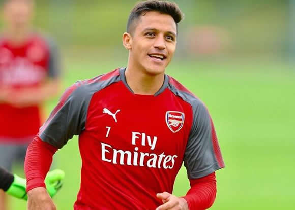 Photo: Alexis Sanchez sends four-word message to Arsenal fans
