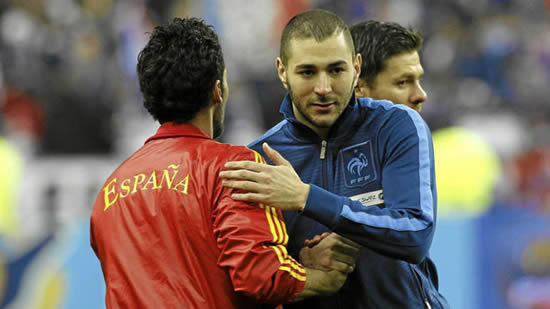 Nasri: It is stupid to not use Benzema