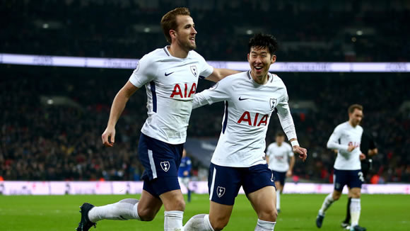 Tottenham Hotspur 4 - 0 Everton: Harry Kane bags another record as Tottenham trounce Everton