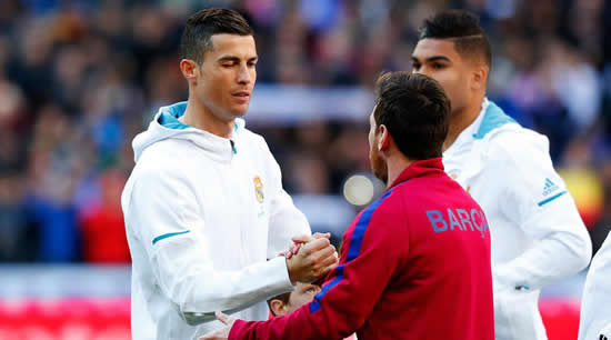 Messi: I don't compete with Ronaldo to be the best