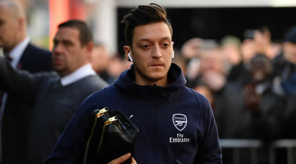 Emery: Bournemouth intensity behind Ozil omission