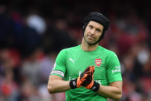 """I don't know about his long-term future."" Unai Emery casts doubt on Petr Cech's Arsenal future"