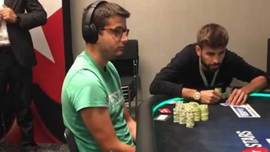 Pique and Arturo Vidal win almost 500,000 euros in a poker tournament
