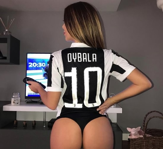 Italy's 'sexy face of football' with 'lucky bum' declares allegiance to West Ham