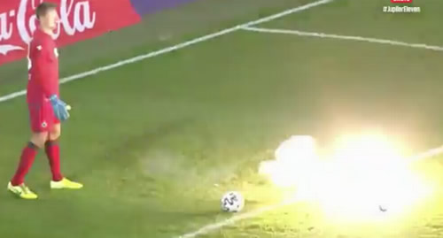 Vincent Kompany yells at Anderlecht fan as firecracker thrown at Simon Mignolet