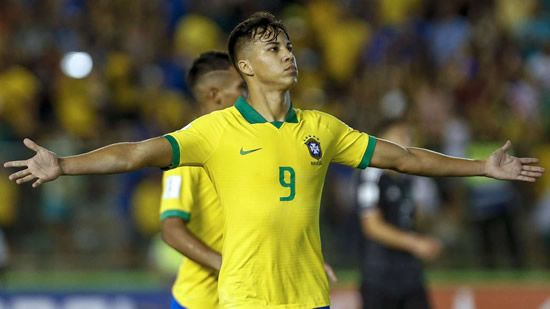 Santos striker Kaio Jorge leaving future in agent's hands amid Juventus links