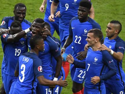 France 5 - 2 Iceland
