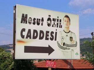 A street in Turkey changed the name to 'Mesut Ozil Street'